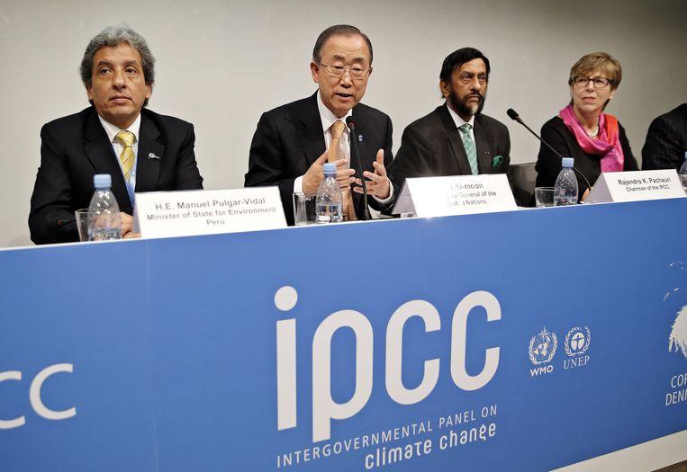 Het rapport over klimaatverandering wordt gepresenteerd door IPCC. Beeld ap