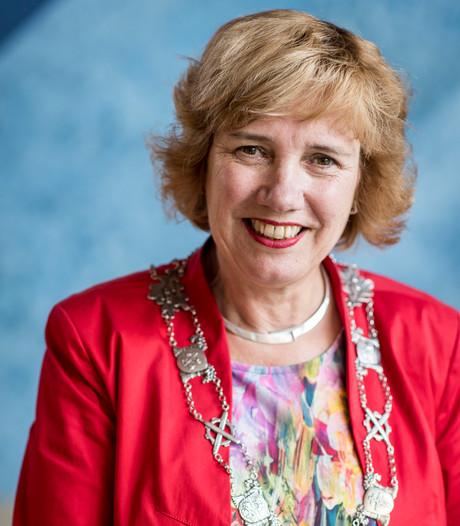 Hellendoorns burgemeester Raven 'verrast' door nominatie