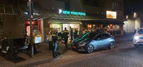 Pizzeria in Lelystad voor de tweede keer in één week overvallen: 'Geef het geld, anders pak ik een pistool'