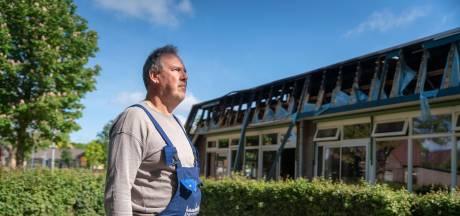 Buurman van Albert Schweitzerschool ging het vuur te lijf met een tuinslang