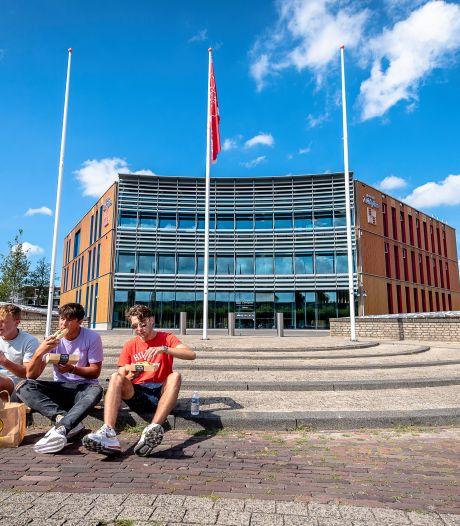 Spot en zorgen over geloofwaardigheid na seksrel in gemeentehuis Zuidplas: 'Ze zijn de risee van het dorp'