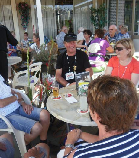 Gefinishte Vierdaagselopers uit Oss en omgeving vieren resultaat in Oss