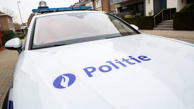 Politie neemt 16 kilo drugs in beslag na achtervolging van Dilbeek naar Sint-Pieters-Leeuw