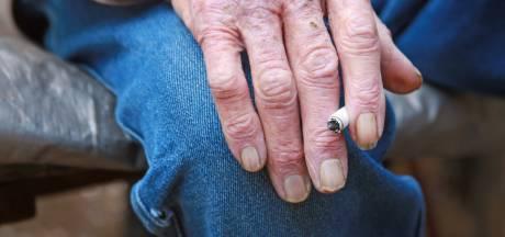 Ouderen de dupe door verbod op verkoop rookwaar in dorpswinkels