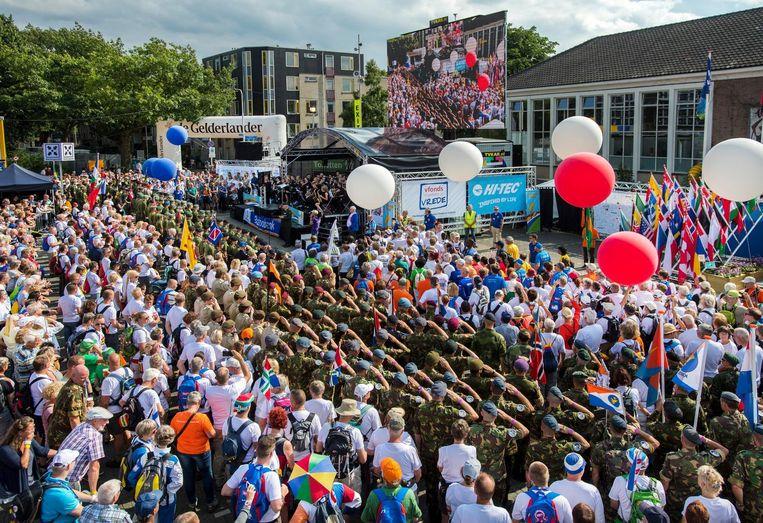 De officiële opening van de Nijmeegse Vierdaagse. Beeld anp