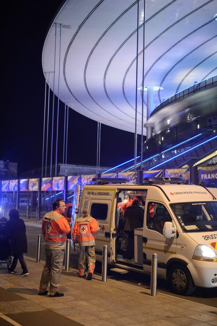 Een ambulance aan het Stade de France.