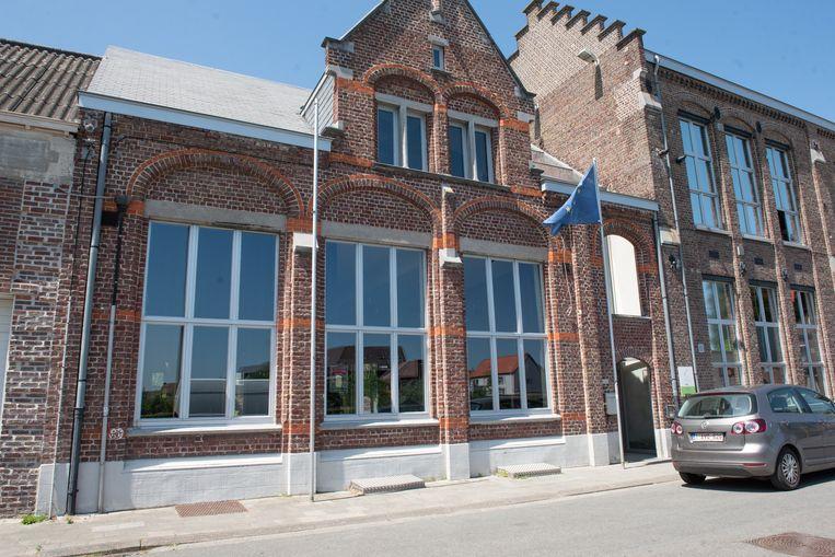 Het jeugdhuis in de Hofstraat krijgt naast een nieuwe crew ook een nieuwe naam.