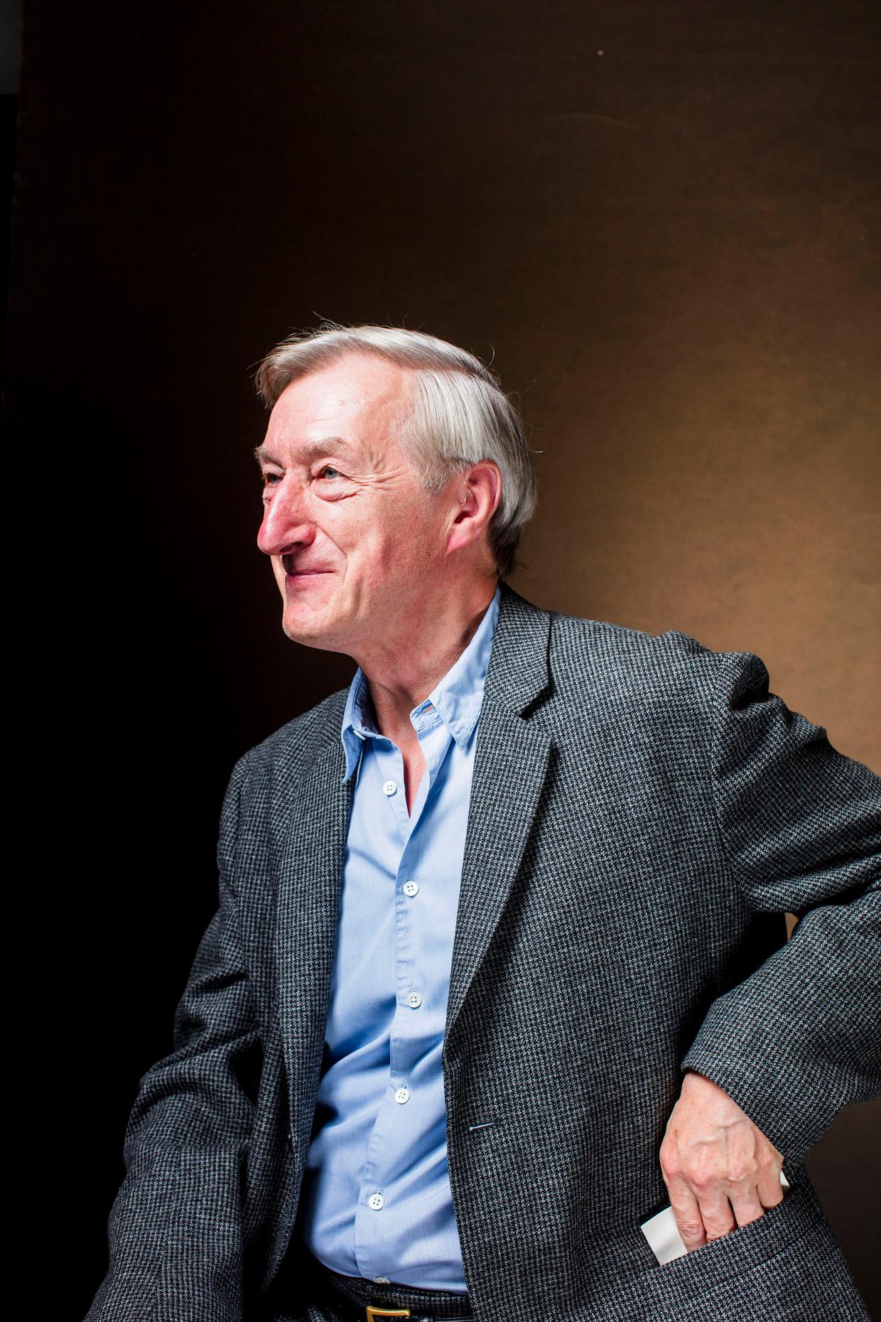 Brits schrijver Julian Barnes: 'Mijn land is al drie jaar bezig zichzelf te vernietigen.'