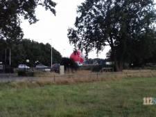 Luchtballon landt bijna op snelweg bij Baarn
