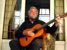 Zanger en dialectschrijver Engel Reinhoudt overleden