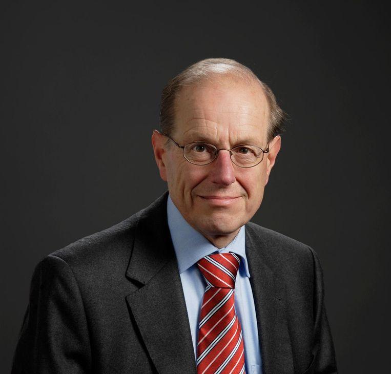 P.C. Emmer, emeritus-hoogleraar in de geschiedenis van de Europese expansie aan de Universiteit Leiden. Echt p.c. is hij niet.. Beeld