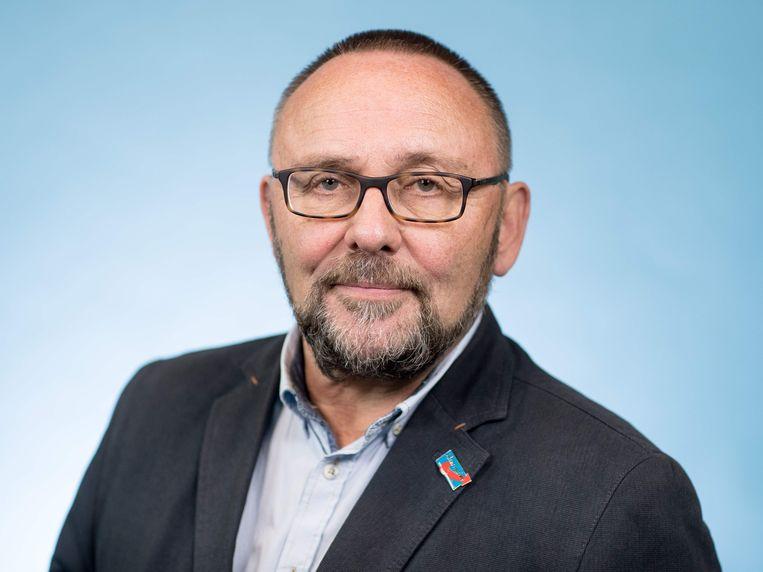 De maandag belaagde parlementariër Frank Magnitz van de Duitse AfD moet nog zeker tot het weekend in het ziekenhuis blijven liggen.
