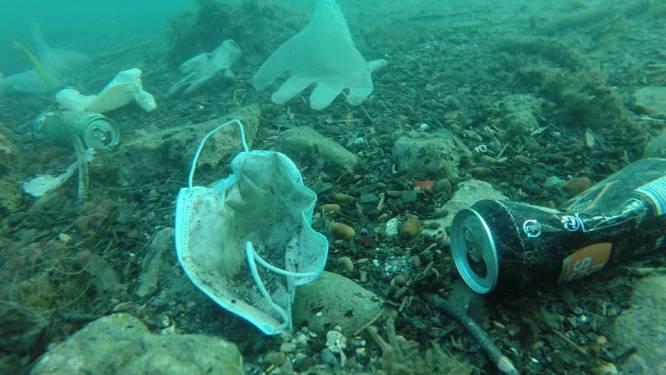 """Steeds meer mondmaskers komen in zee terecht, FOD Volksgezondheid lanceert campagne: """"De zee begint bij jezelf"""""""