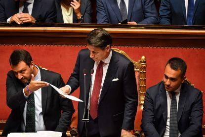"""Italiaanse premier biedt ontslag aan: """"Salvini creëert politieke crisis om eigenbelang"""""""