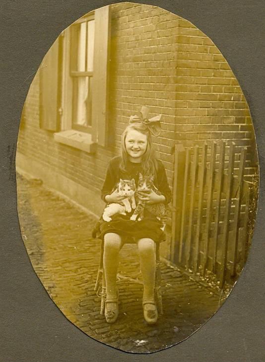 Greetje de Vries groeide op in molen De Goede Verwachting aan de Lageweg.