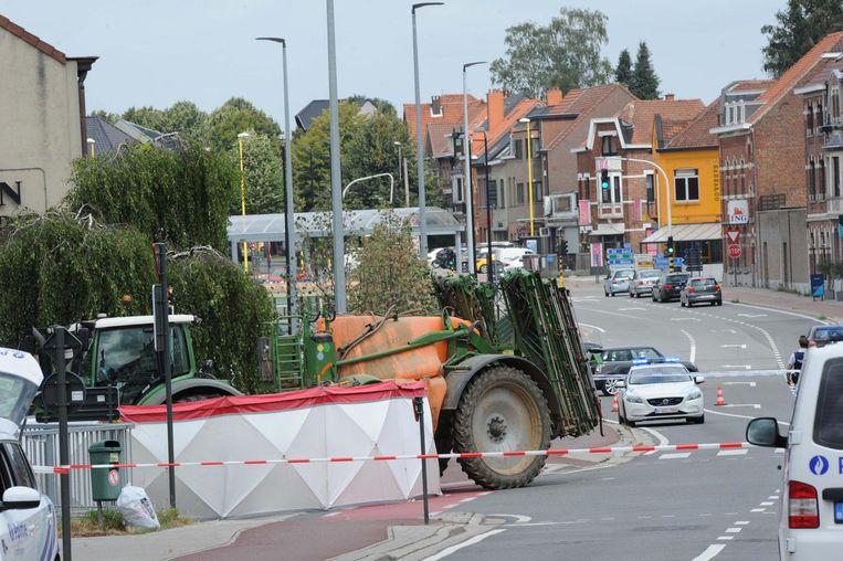 Het ongeval met de tractor aan de Brusselsesteenweg werd de fietser fataal.