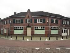 De Gouden Laars na verbouwing: schoenenstudio en café in bekend Loons horecapand