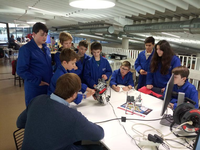 Deze leerlingen van PTS Mechelen mogen naar de Beneluxfinale van de FIRST LEGO League.