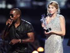 Dit gebeurde er toen Kanye West de Video Music Awards bestormde: 'Pink gaf hem op zijn donder'