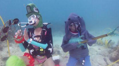 Bijzonder festival in Florida: honderden duikers genieten van onderwatermuziek
