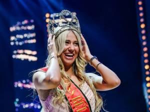 """Miss Belgique: """"Le soutien-gorge qui est tombé sur scène n'était pas à moi"""""""