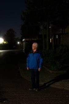 Deurnenaar strijdt tegen weggehaalde lantaarnpalen: 'Stop de duisternis'