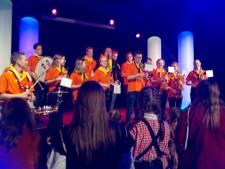 Het Keinderkupkesfestival in Dwergonië wint het van storm Dennis