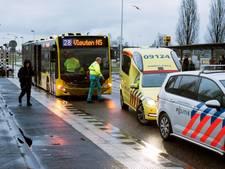 Scooterrijder gewond na aanrijding met bus in Vleuten
