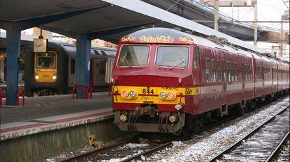 Evacuatie na smeulende hoogspanningskast op trein naar Zeebrugge