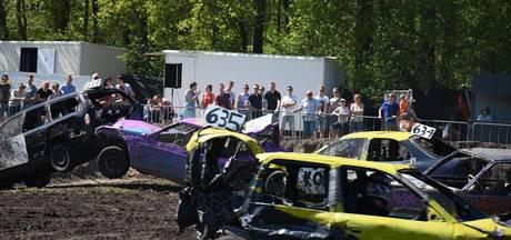Autorodeo Luttenberg: 'Doorgaan totdat nog maar één auto kan rijden'