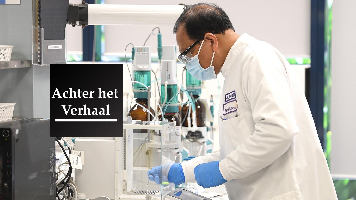 Een medewerker van AstraZeneca die bezig is met de ontwikkeling van een vaccin.