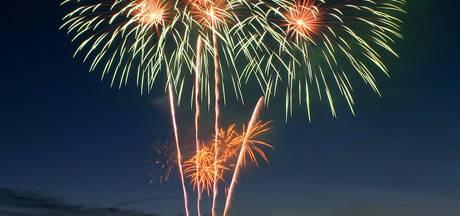 Twente Ballooning beconcurreert Boeskoolfeest met vuurwerk