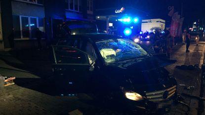 Automobilist die meermaals over de kop gaat op A12 gewond naar ziekenhuis gebracht