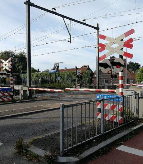 Treinverkeer urenlang stil tussen Almelo en Hengelo