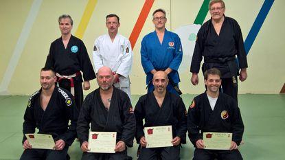 Lesgevers Saigen halen 2e dan Tai-Jutsu
