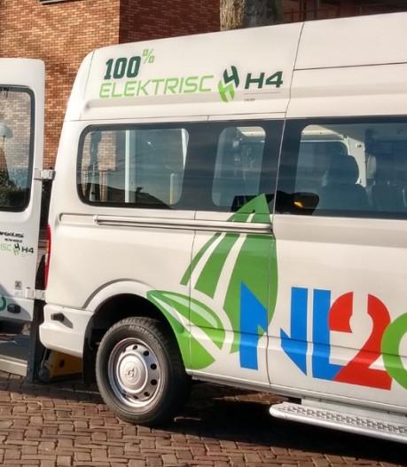 Primeur in Deventer: negenpersoons elektrische bus voor B-rijbewijs