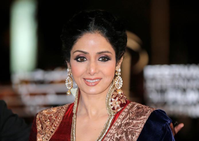 India Kapot Van Plotselinge Dood Bollywoodlegende Show Adnl
