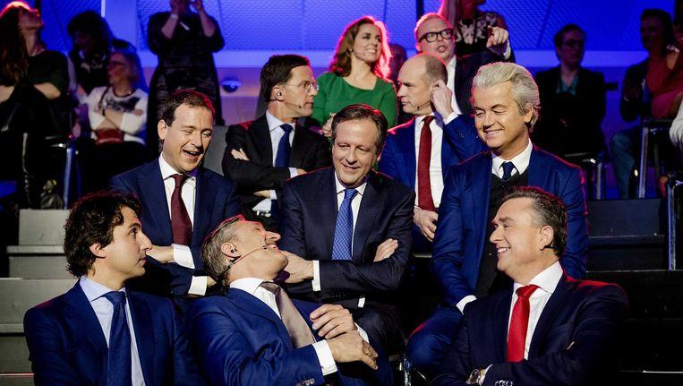 Lijsttrekkers Jesse Klaver (GroenLinks), Lodewijk Asscher (PVDA), Mark Rutte (VVD), Alexander Pechtold (D66), Sybrand Buma (CDA), Geert Wilders (PVV) en Emile Roemer (SP) tijdens het NOS slotdebat vanuit de Statenpassage in het gebouw van de Tweede Kamer. Aan de vooravond van de verkiezingen gaan de lijsttrekkers nog een laatste keer met elkaar in debat. Beeld anp