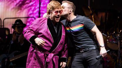 VIDEO. Elton John zingt verrassingsduet met Taron Egerton, de acteur die hem speelt in 'Rocketman'