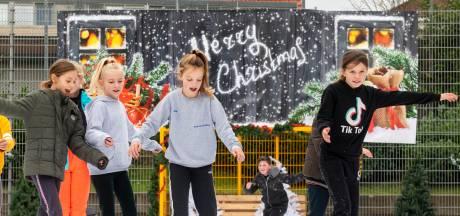 Geen ijsbaan in De Laar uit angst voor vandalisme: 'Misschien eind januari als de vuurwerkvoorraad op is'