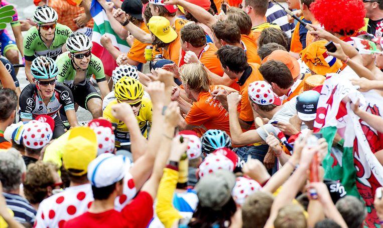 De mensenmassa op Alpe d'Huez.