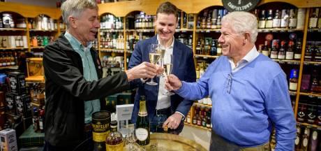 Van bier tot 1600 whisky's, Slijterij Berendsen bestaat 60 jaar