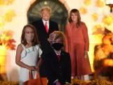 Deux enfants déguisés en Donald et Melania Trump font sensation lors d'Halloween à la Maison Blanche