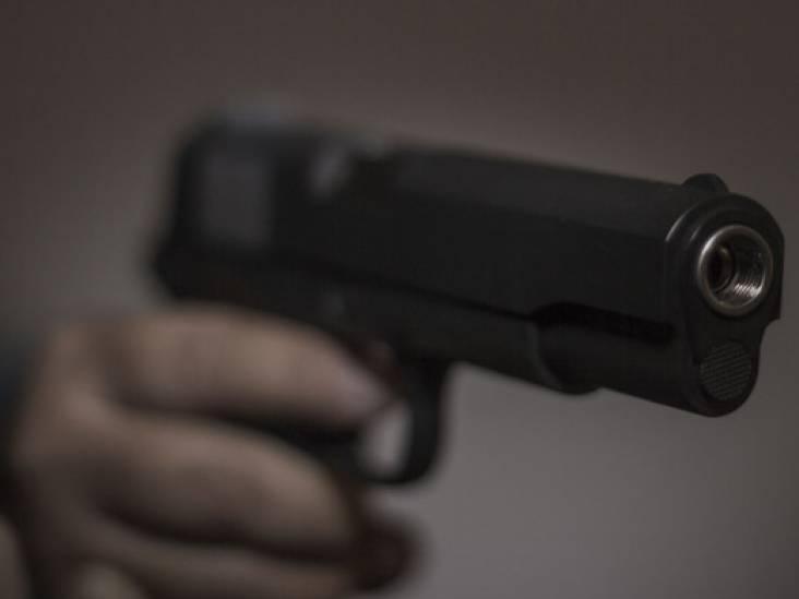 Shishalounge beschoten in Uden, twee mannen te zien op camerabeelden