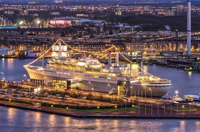 Het ss Rotterdam viert deze maand de tiende verjaardag als hotel en evenementenlocatie.