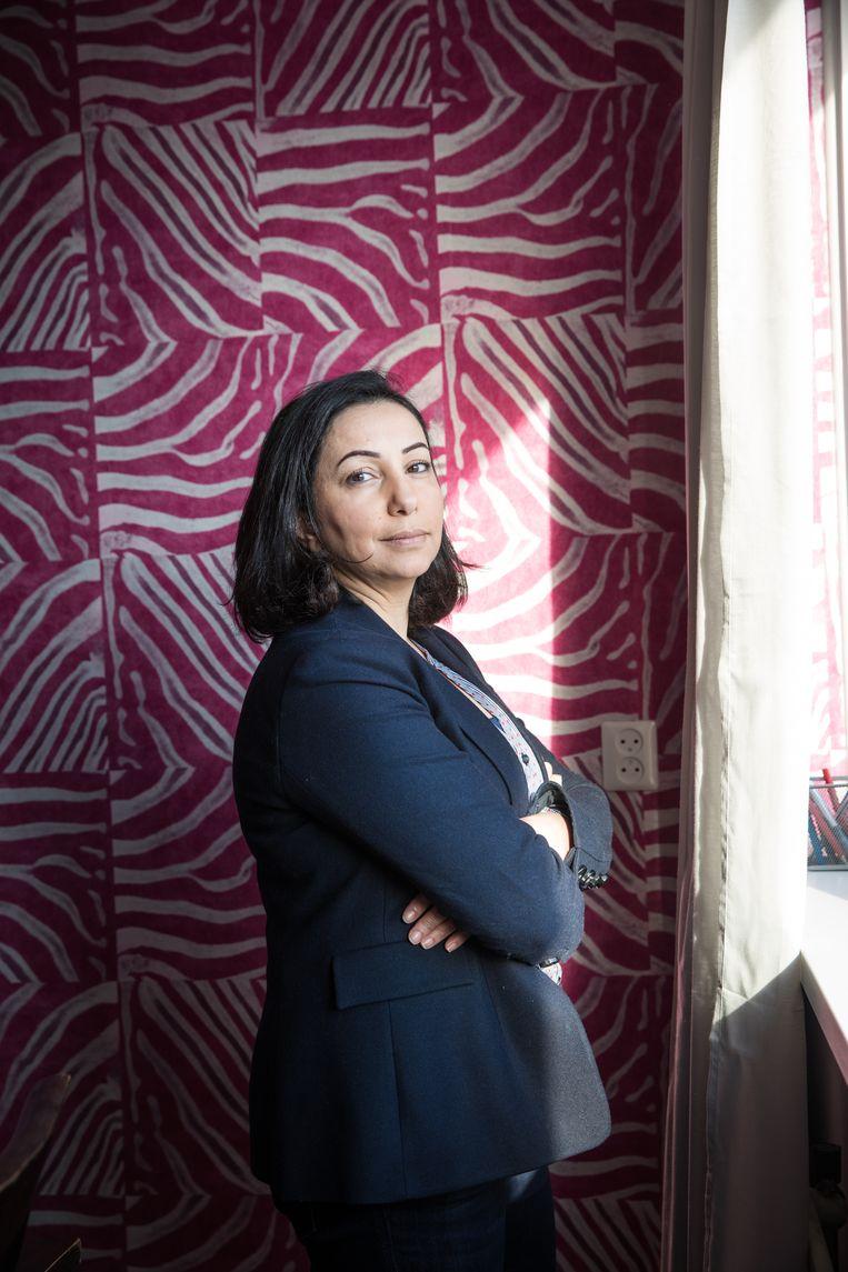 Araa al Jaramani (43) komt oorspronkelijk uit Syrie. Ze heeft in Nederland een stichting opgericht om Syrische vrouwen te helpen om te integreren en over hun rechten te informeren. Beeld null