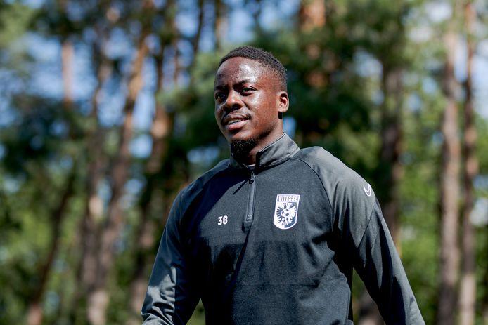 Richie Musaba op de training van Vitesse in de voorbereiding op dit seizoen/.