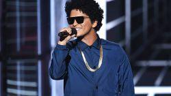 Bruno Mars speelt wei van Werchter Boutique plat