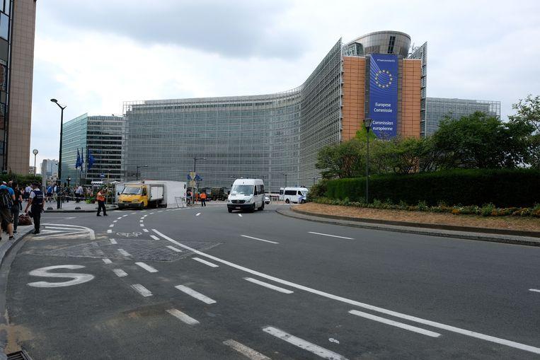 Ook het Schumanplein en de omgeving zijn afgesloten.