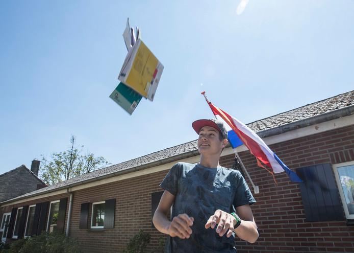 Youri van Lieshout uit Lierop is geslaagd
